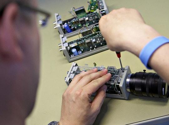 Камера видеонаблюдения в разборном состоянии - обслуживание